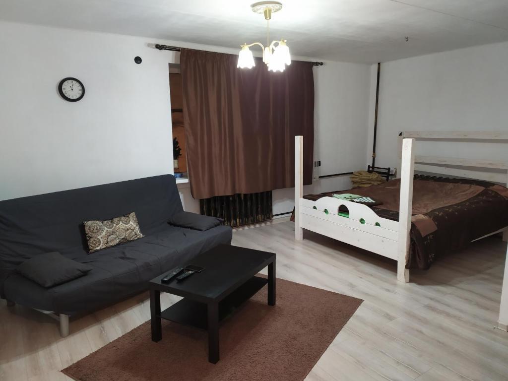 Гостиная зона в Апартаменты на Красноармейской