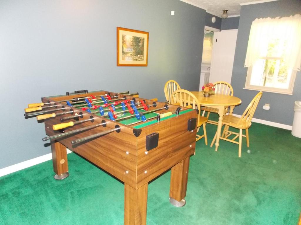Mountain Stream Chalet Pigeon Forge Tn Booking Com