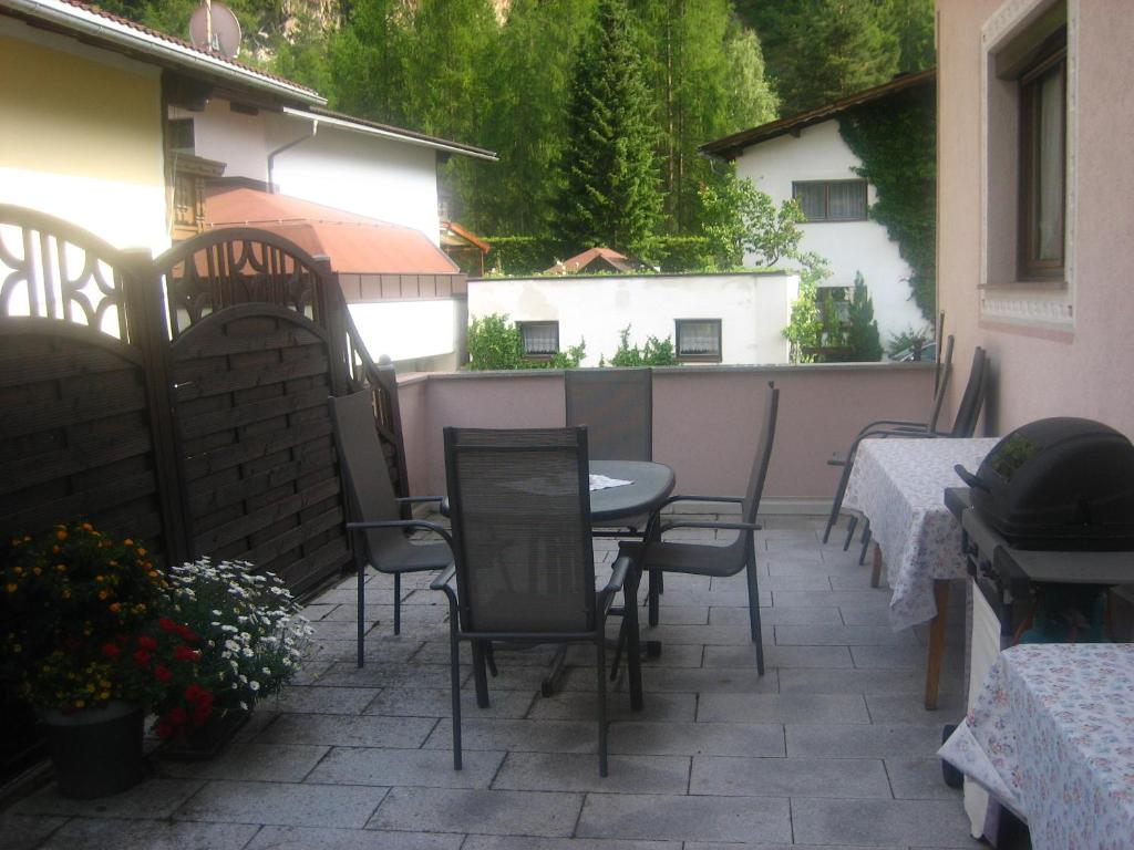 bed and breakfast gästehaus martha längenfeld austria booking com