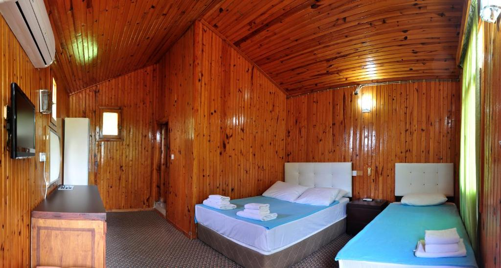 Alp Hotel Bungalows