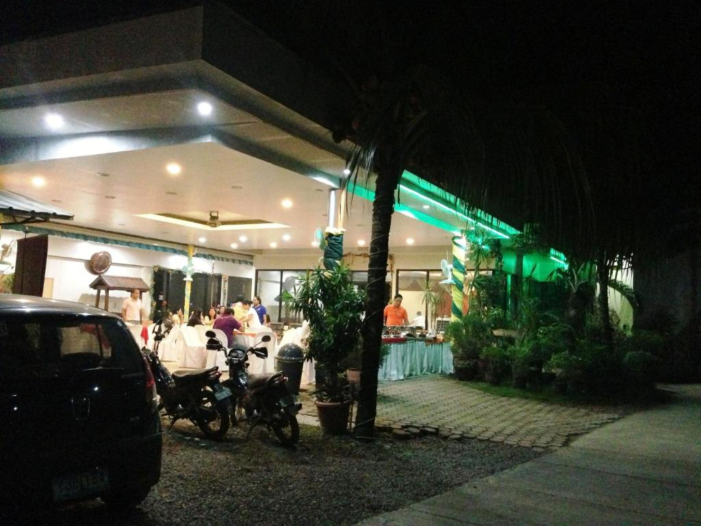 Nightlife in tagbilaran city