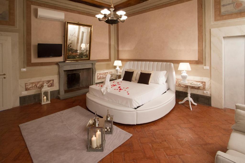 Vasca Da Bagno In Camera Da Letto : Hotel con vasca da bagno in camera u bagnomoderna