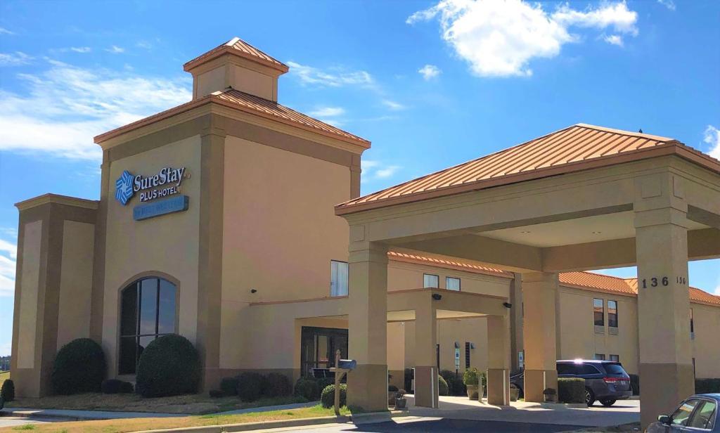 Surestay Plus Hotel By Best Western Roanoke Rapids Nc Booking Com