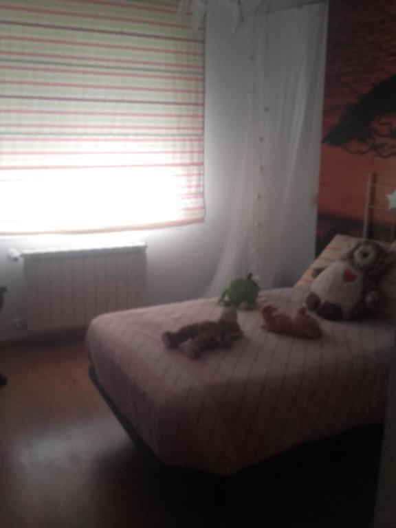 Chalet cuatro habitaciones, Sevilla La Nueva, Spain ...