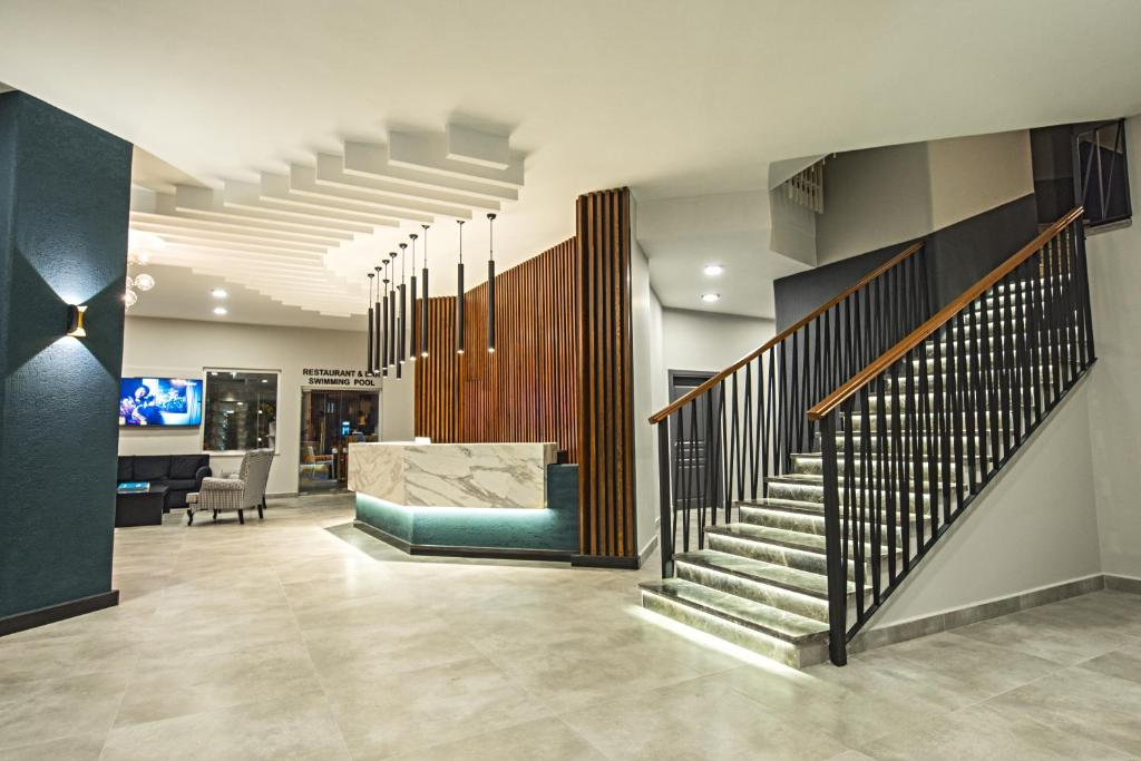 The lobby or reception area at Kleopatra Tower Apart