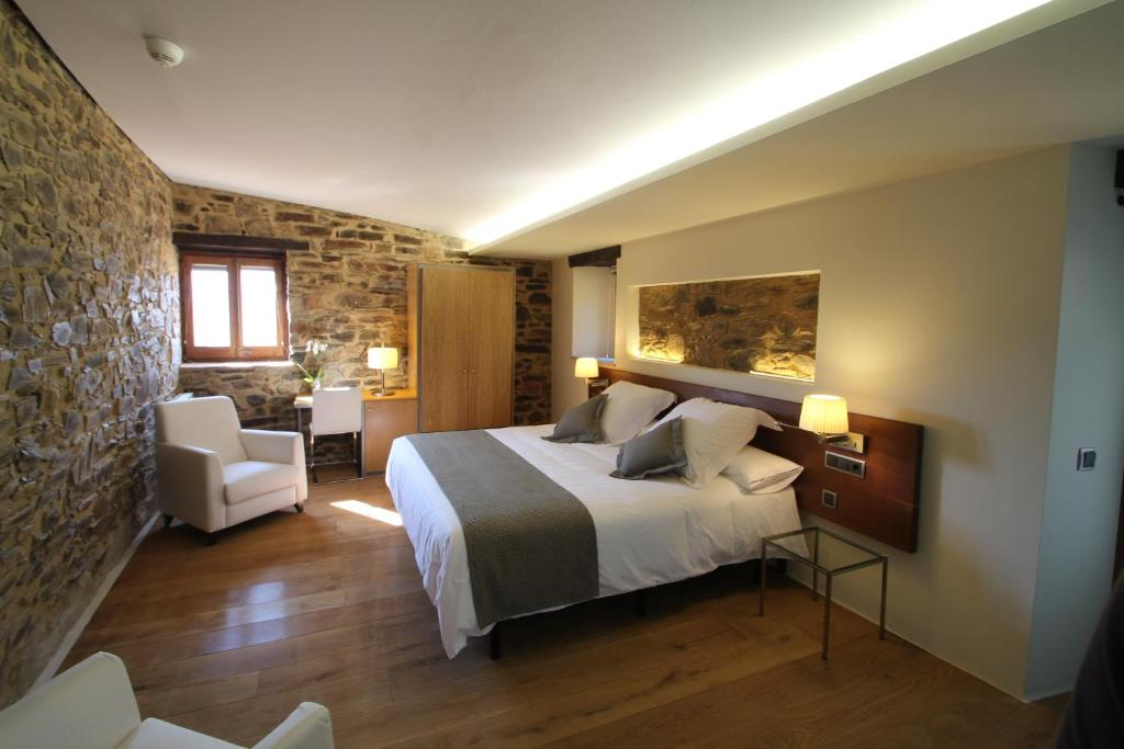 boutique hotels in cánoves  18