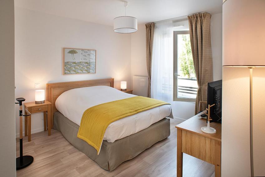 Apartments In Saint-fargeau Ile De France