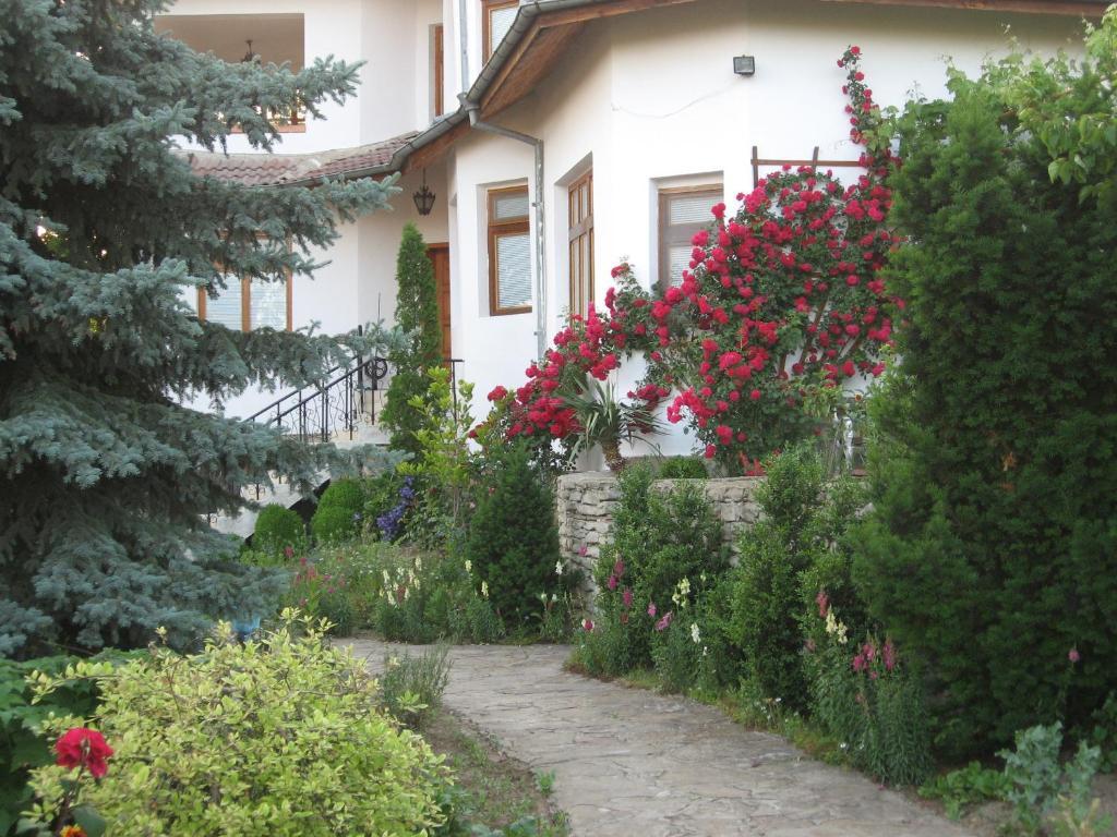 Къща за гости Гости Астра - Арбанаси