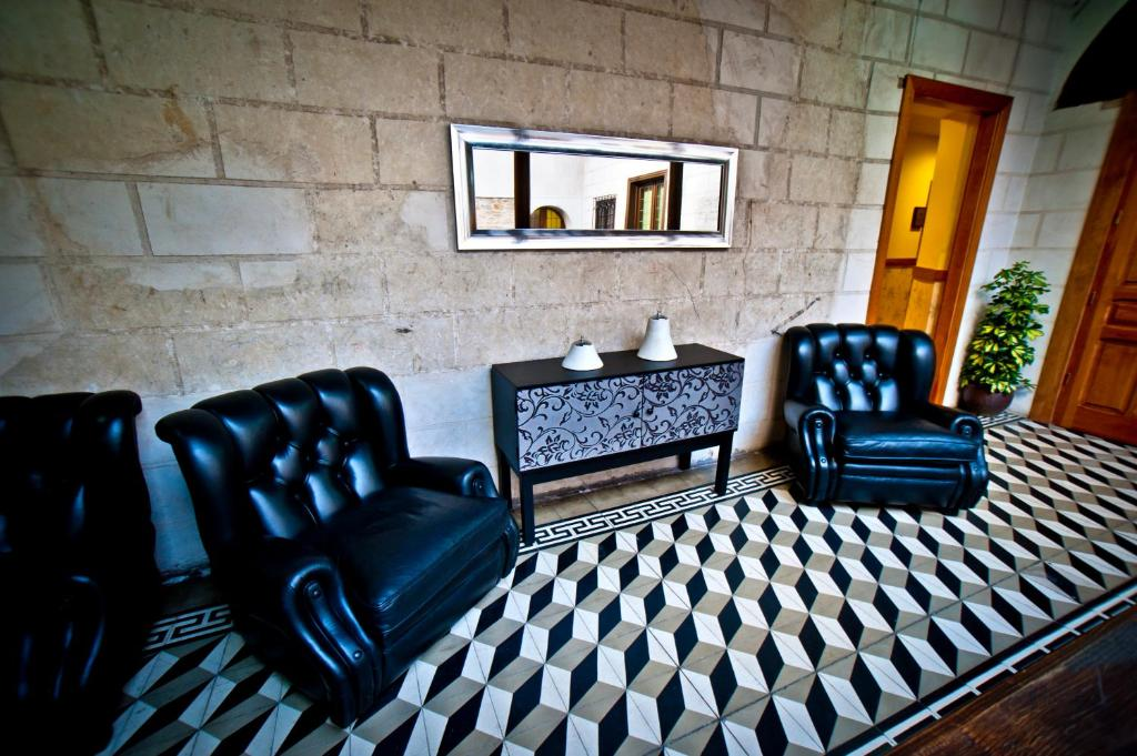boutique hotels in segovia  52