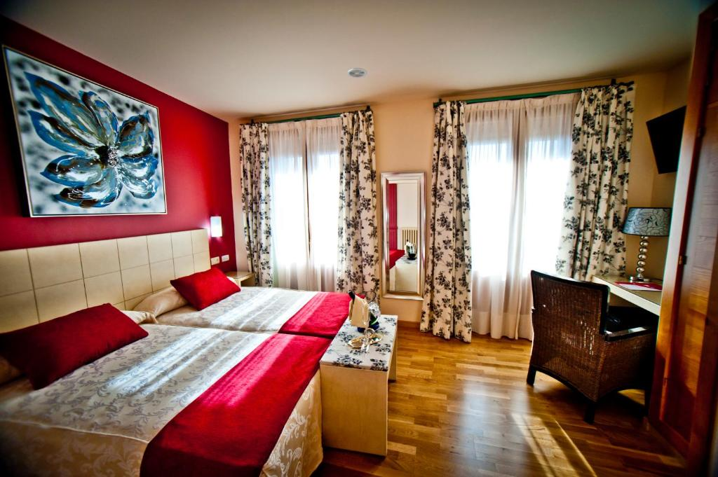 boutique hotels in castile and leon  168