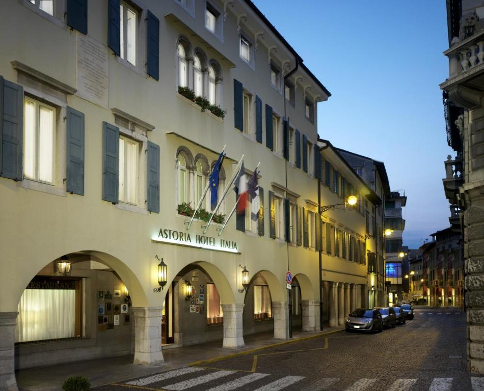Astoria hotel italia udine prezzi aggiornati per il 2019 for Subito it arredamento udine