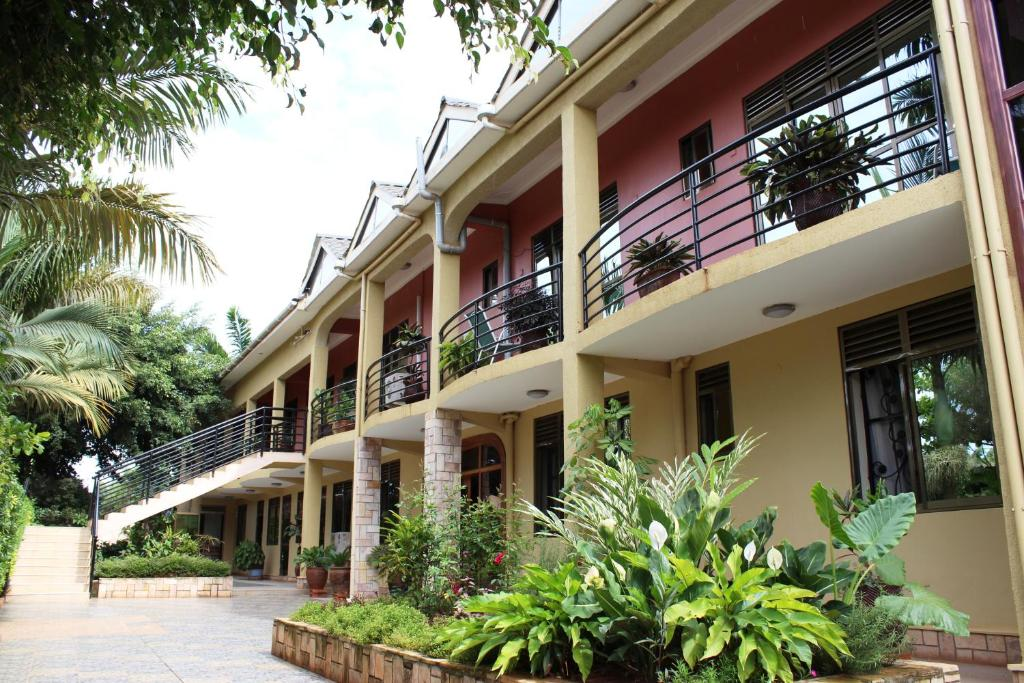 Biyem Hotel