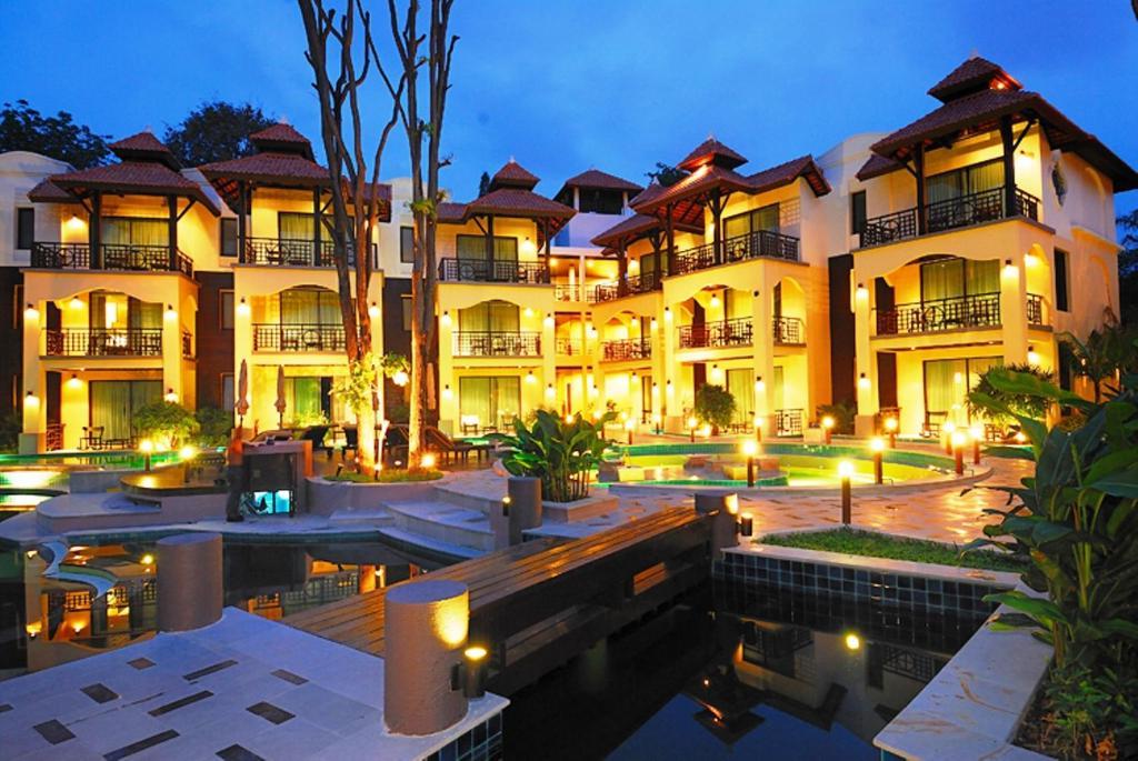 hotel long beach pavilion pattaya north thailand. Black Bedroom Furniture Sets. Home Design Ideas
