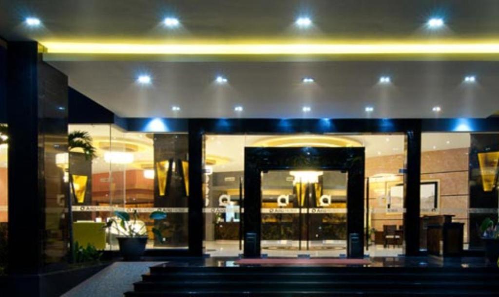 aria barito hotel banjarmasin indonesia booking com rh booking com