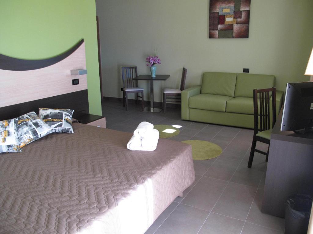 Life Sport Hotel, Mentana, Italy - Booking.com