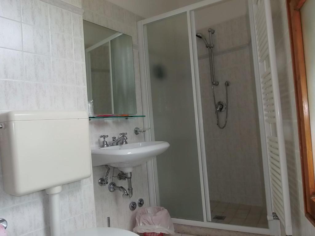 Lavanderia Bagno Di Romagna : Hotel al tiglio italia bagno di romagna booking