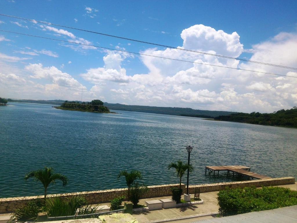 Green World Hotel Flores Guatemala Booking Com