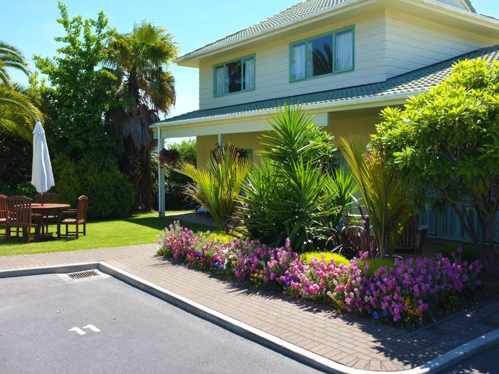 Birchwood Spa Motel, Rotorua, New Zealand - Booking.com
