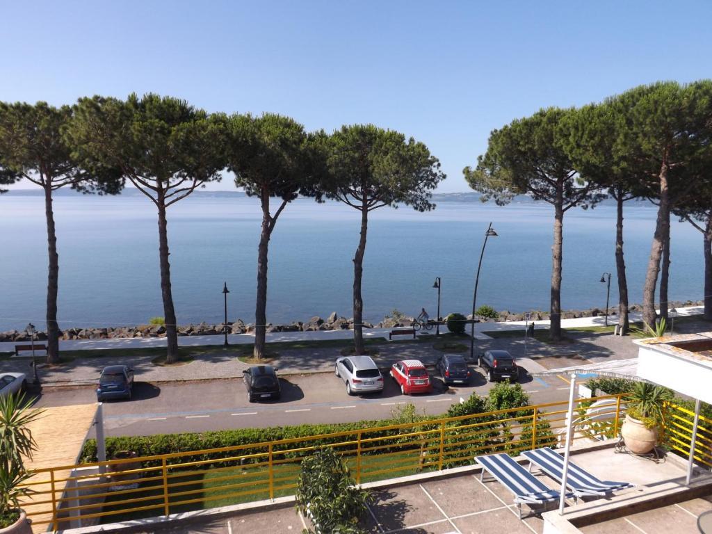 B&B La Terrazza sul Lago (Italia Trevignano Romano) - Booking.com