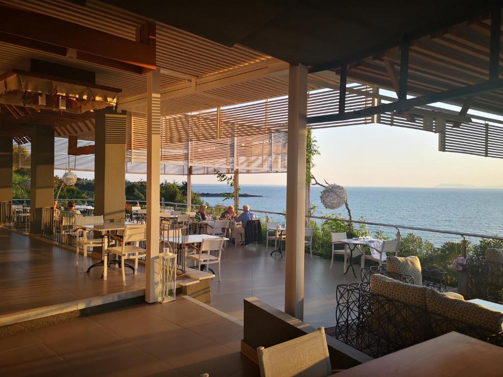 Ресторан / где поесть в Mare Dei Suites Hotel Ionian Resort