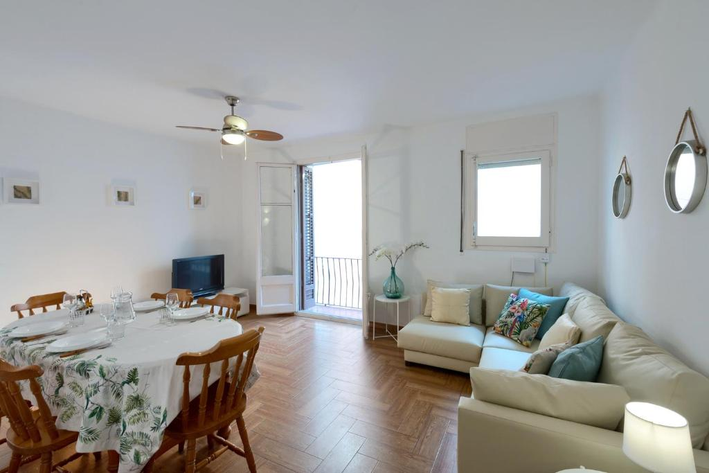 Apartment Sant Joan, Arenys de Mar – Updated 2019 Prices