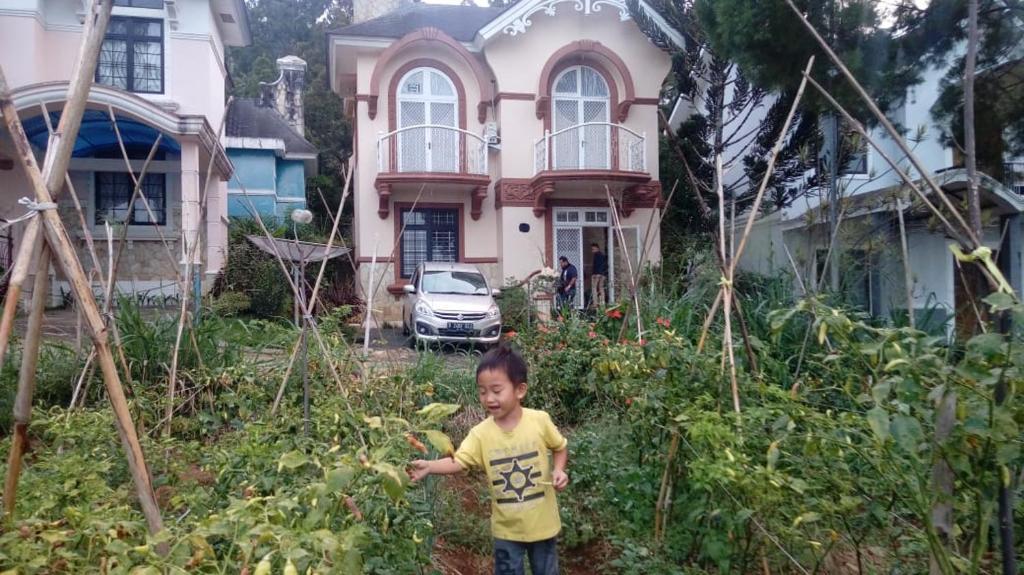 Puncak Villa Kota Bunga Little Venice Indonesia Booking Com