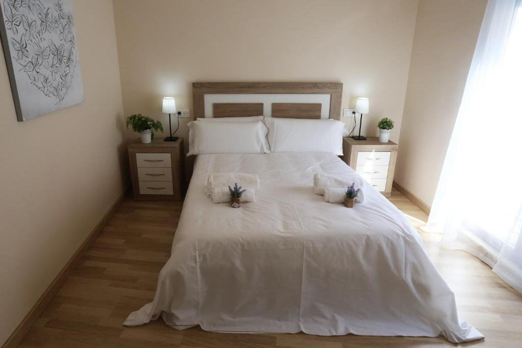 Apartamento Puente Romano P1-1B, Salamanca – Updated 2019 Prices