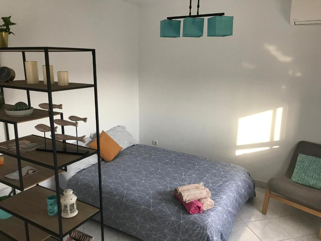 A bed or beds in a room at Apartamento vista al Mar