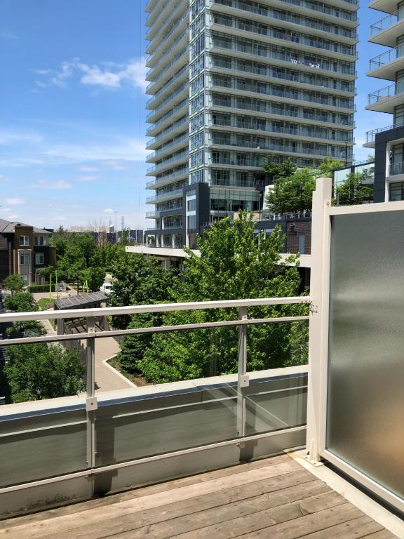Easylife Short Term Rental-Square One by Elevate Rooms, Mississauga