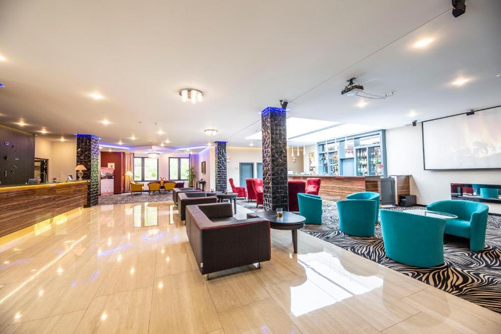 Lobby/Rezeption in der Unterkunft Parkhotel Carlsbad Inn