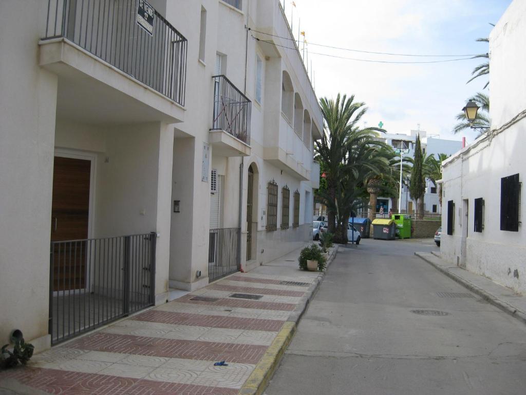 Apartamentos carboneras spain - Hotel los patios almeria ...