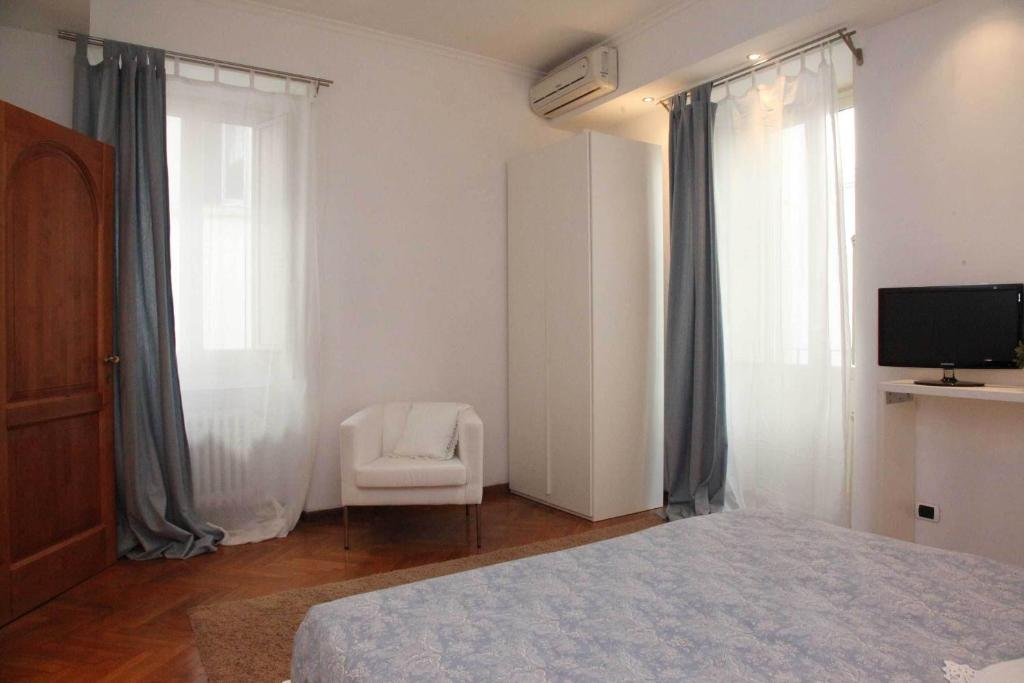 piazza di spagna rome apartments italy bookingcom - Rome Apartments