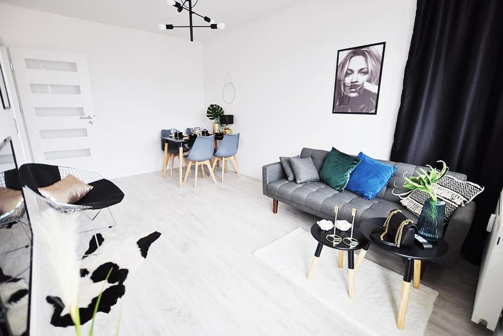 Ein Sitzbereich in der Unterkunft M11 Outstanding Apartment with Balcony