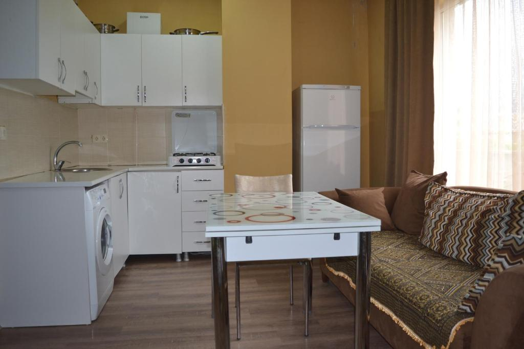 Apartment (Georgia Batumi) - Booking.com