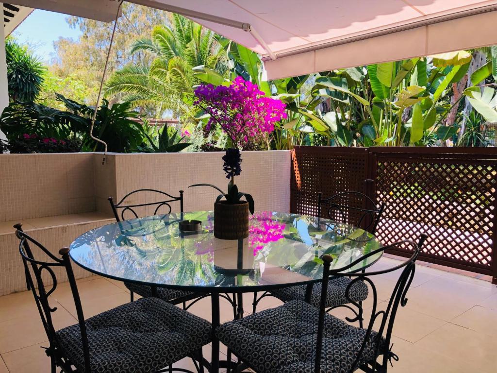 Apartamento Benor, Marbella, Spain - Booking.com