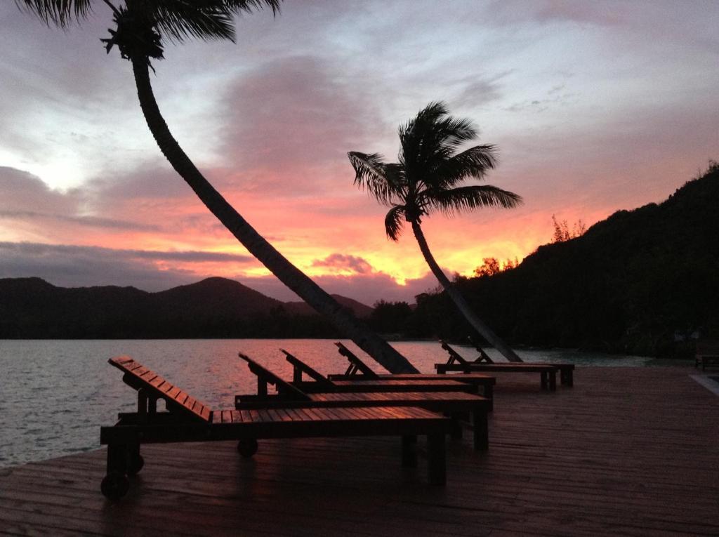iles des palmes hotel eco resort seychellen baie sainte. Black Bedroom Furniture Sets. Home Design Ideas