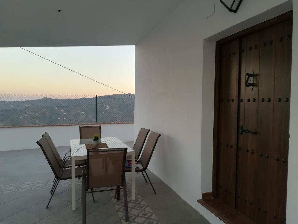 Casa rural el nogal. El Borge, la Axarquia (İspanya Málaga ...