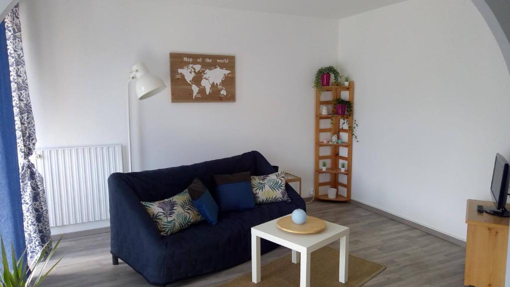 Apartments In Villeneuve-de-rivière Midi-pyrénées