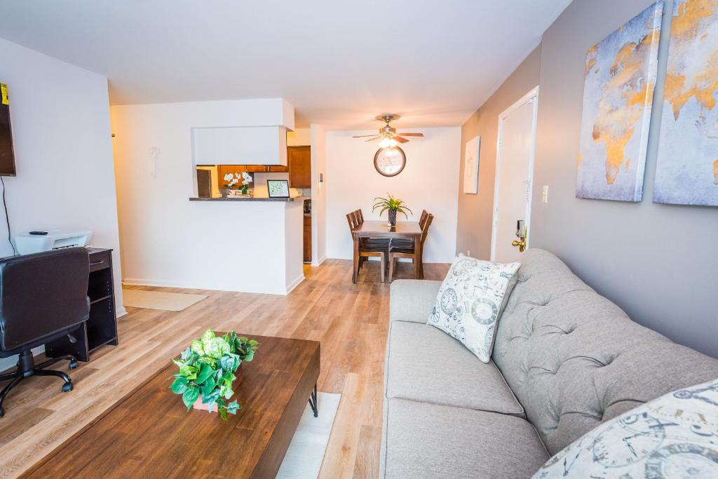 Apartment Luxury Suite - 549, Arlington Heights, IL - Booking com