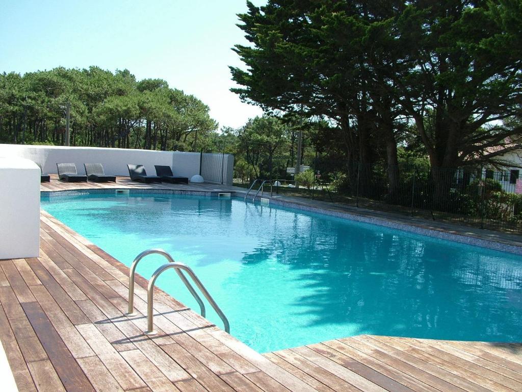 Apartments In Romatet Aquitaine