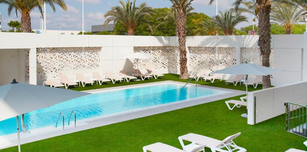 The swimming pool at or near Port Elche