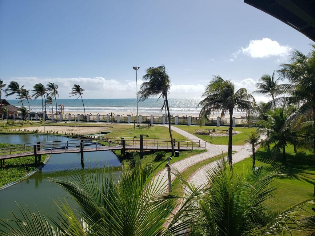 Pemandangan kolam renang di Aquaville Resort 11 atau di dekatnya