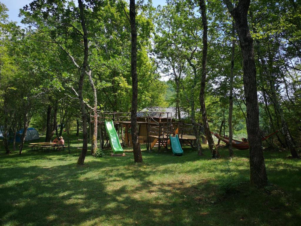 Base Camp Buitenkeuken.Eco Camp Supot Smarje Atnaujintos 2019 M Kainos