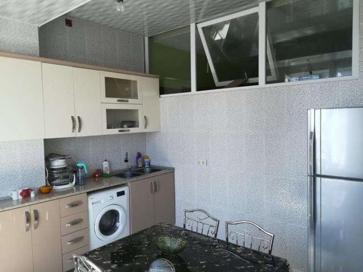 Sopos Apartment At Pirosmani Street Close To The Black Sea