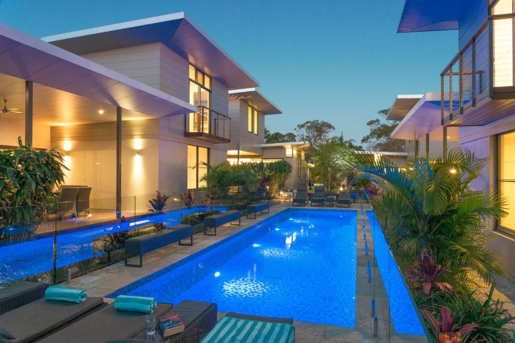 Villa byron luxury beach houses byron bay australia for Luxury beach hotels