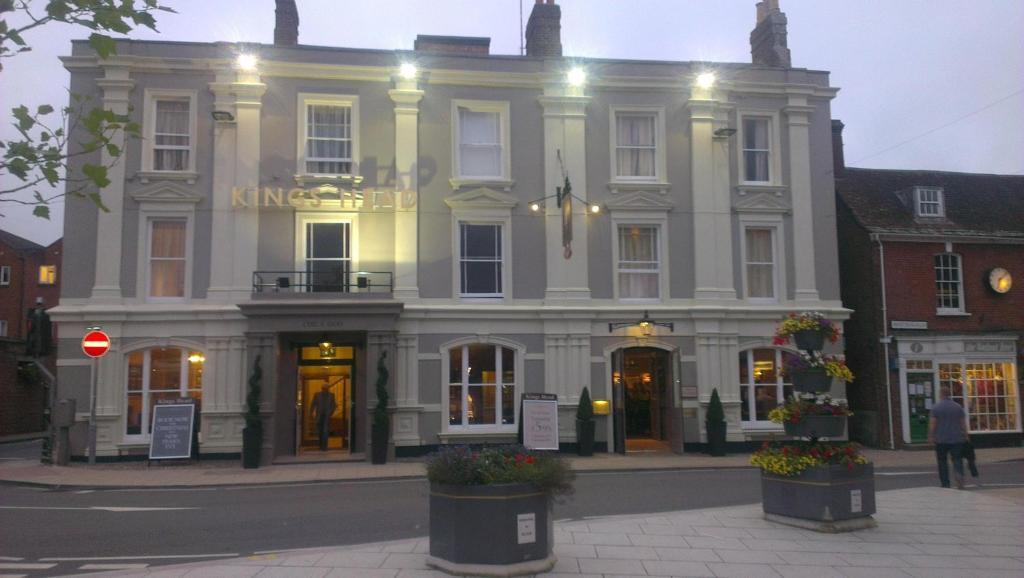 King S Head Hotel Gb Wimborne Minster Booking Com