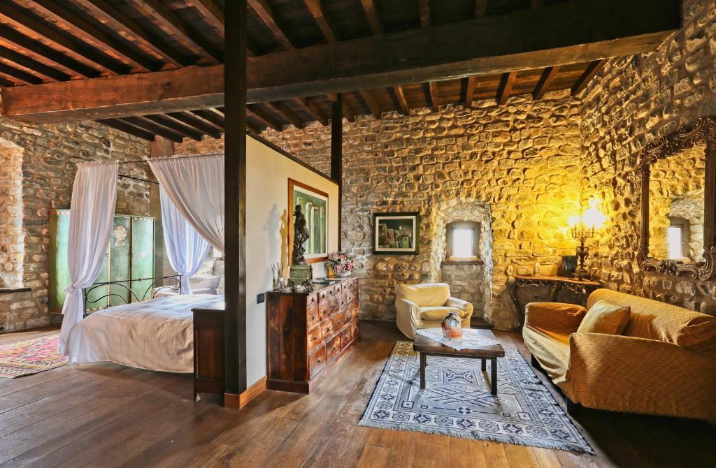 Castello dell\'Aquila, Gragnola – Prezzi aggiornati per il 2019