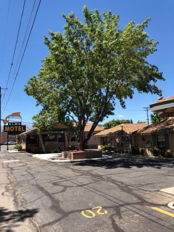 Bishop Elms Motel, CA - Booking com