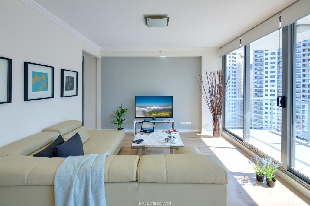 zara tower luxury apartments sydney australia. Black Bedroom Furniture Sets. Home Design Ideas