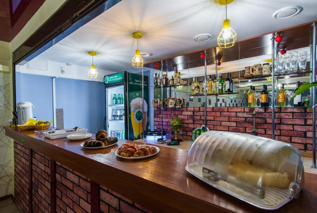 Ресторан / где поесть в Гостиница Бизнес-Турист